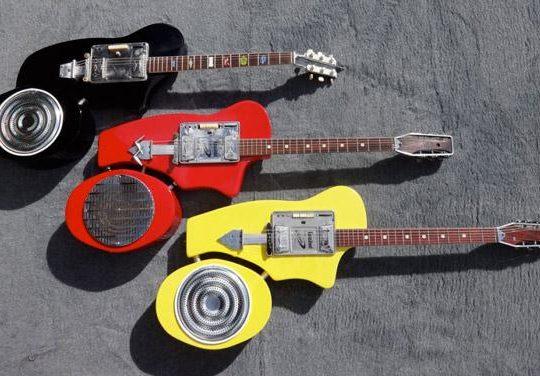 electrophonic guitar
